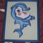 Дельфиненок. Готовая вышитая картина