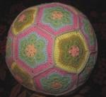 вязаный мяч